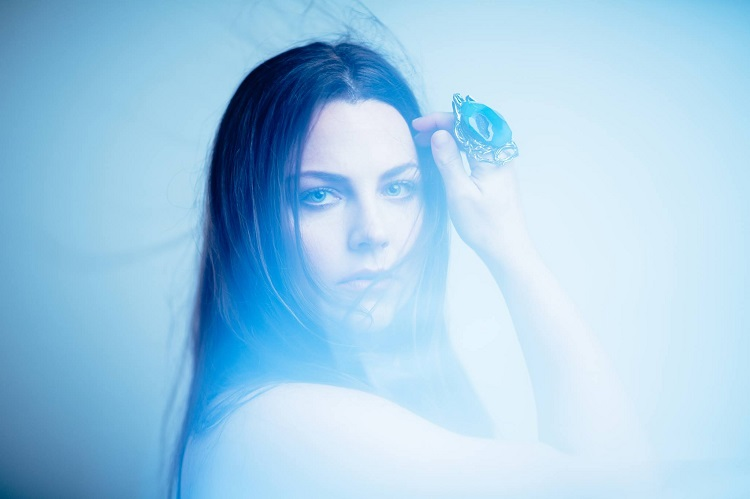 amy-lee-love-exist